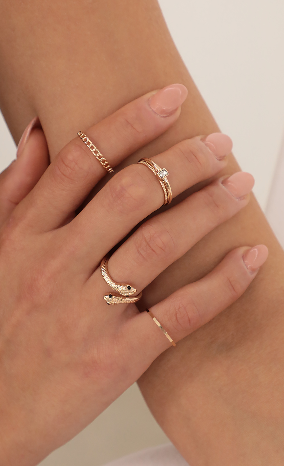 Snake Ring Set in Gold