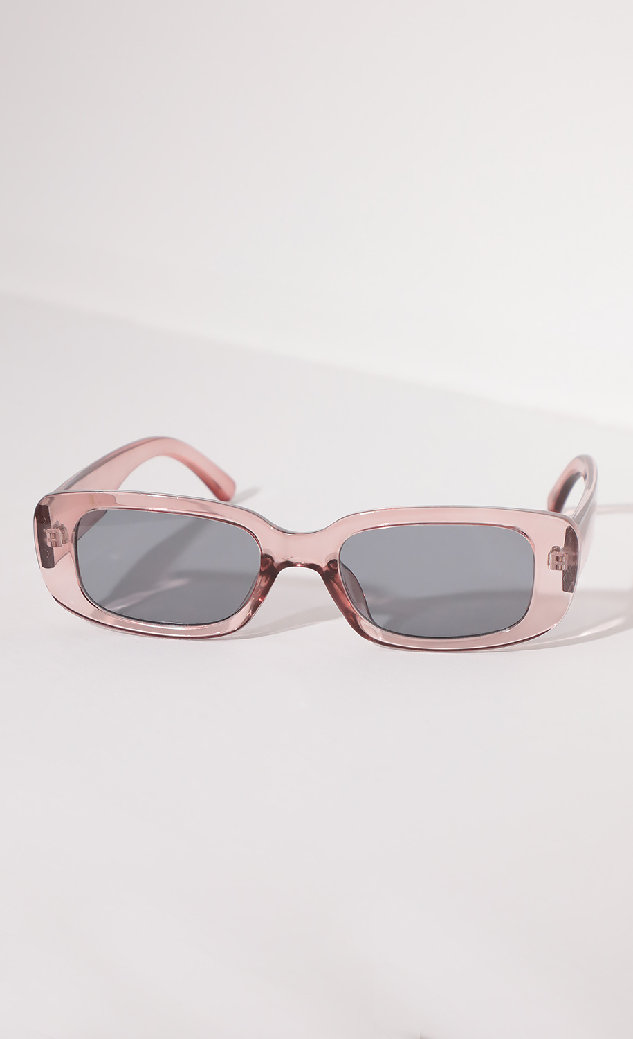 Beverly Rectangular Retro Sunglasses in Clear Pink