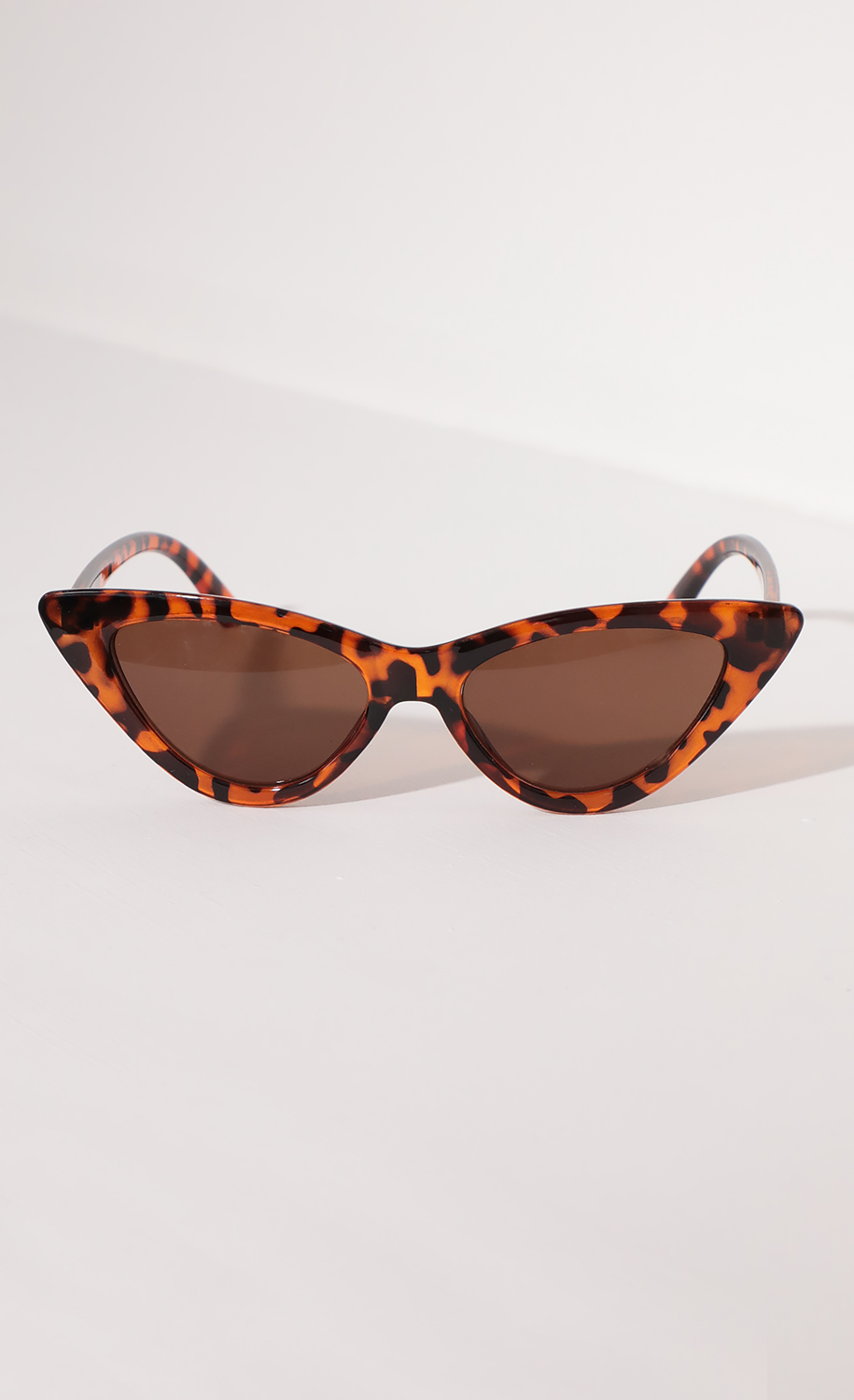 Brown Tortoise Retro Cat Eye Sunglasses