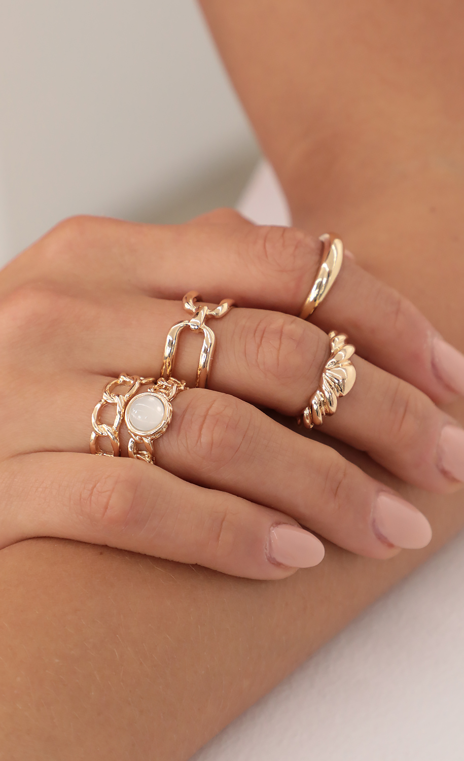 5 Piece Chain Stack Rings in Gold
