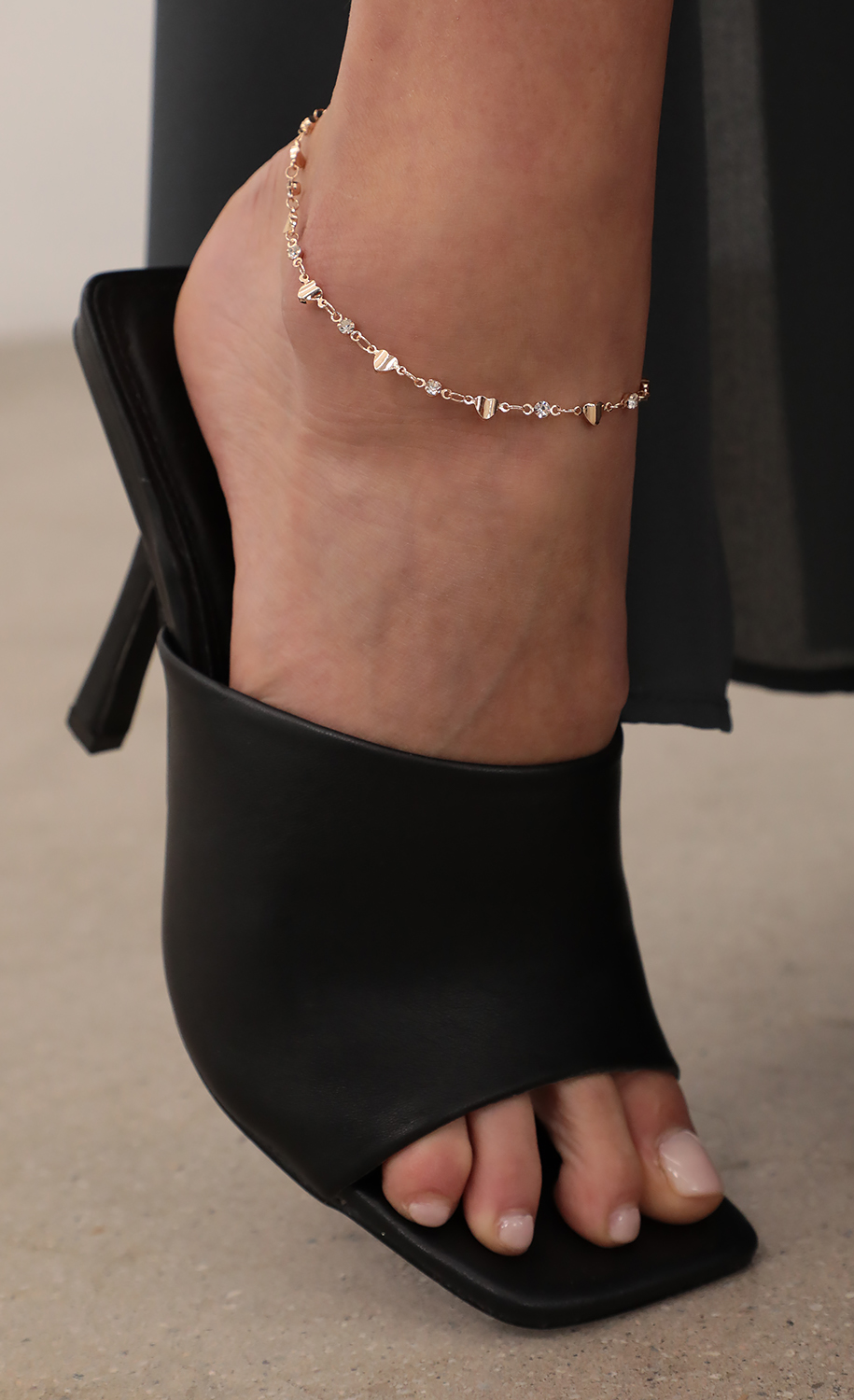 Solid Hearts And Crystals Anklet