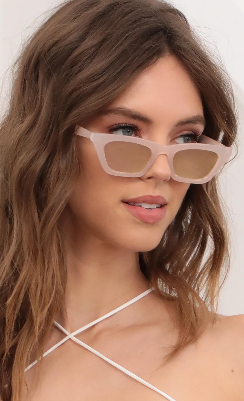 Skinny Cat Eye Sunglasses in Pastel Pink