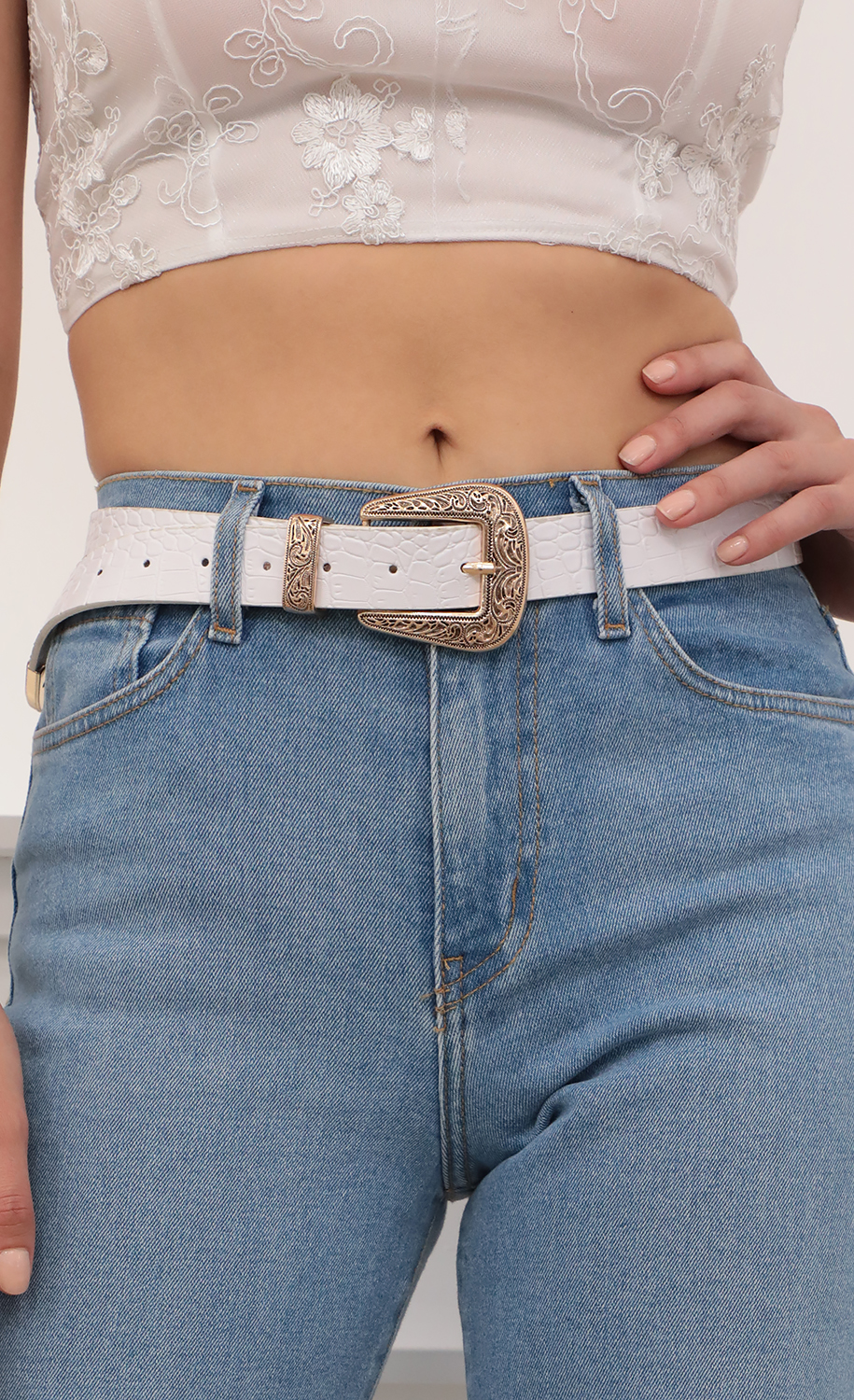 Western Cowgirl Belt in White and Gold