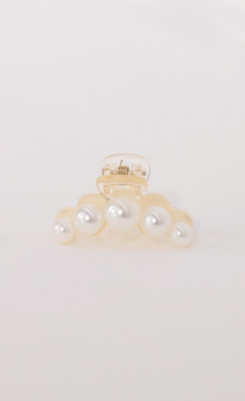 Mini Pearl Claw Clip