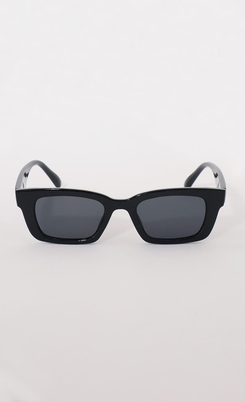 Henrietta Classic Sunglasses in Black
