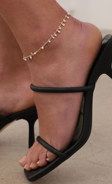 Beads and Teardrop Anklet.