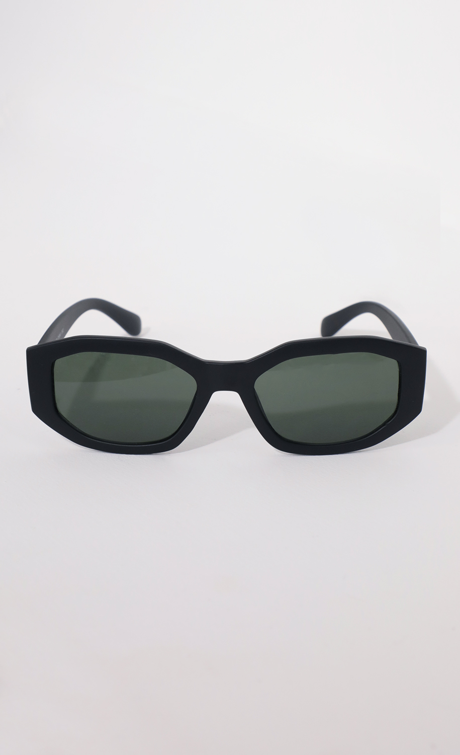 Polygon Geometric Sunglasses in Matte Black