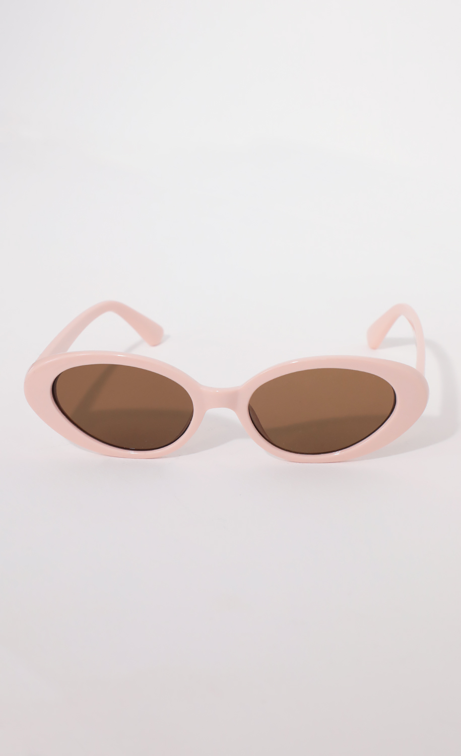The Jet Setter Sunglasses in Dusty Pink