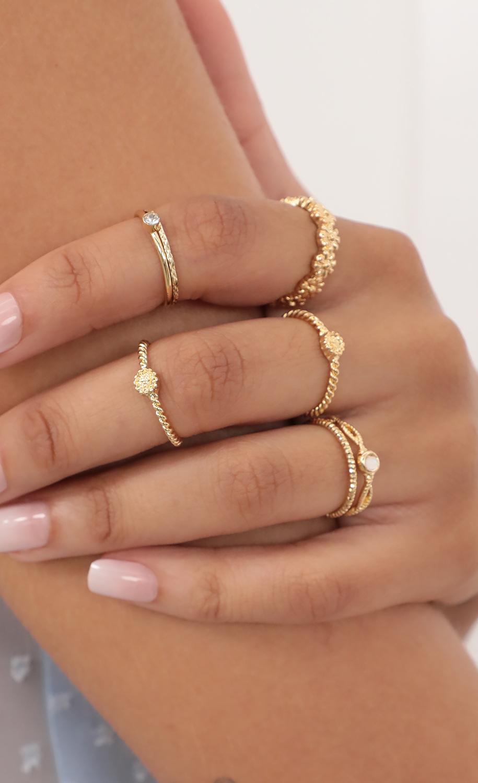 Daisy Gold Ring Set