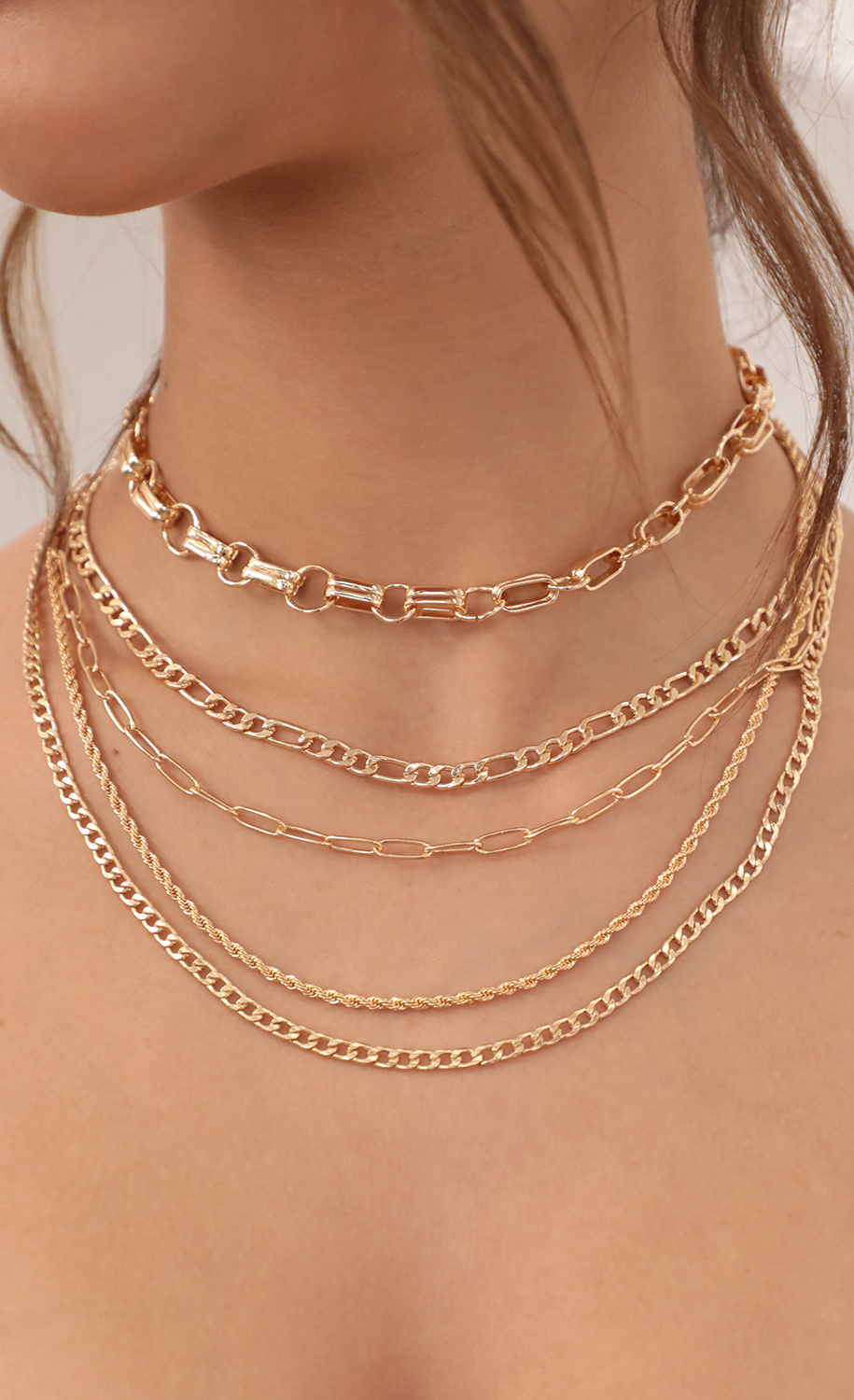 Chain Me Up Necklace Set in Gold
