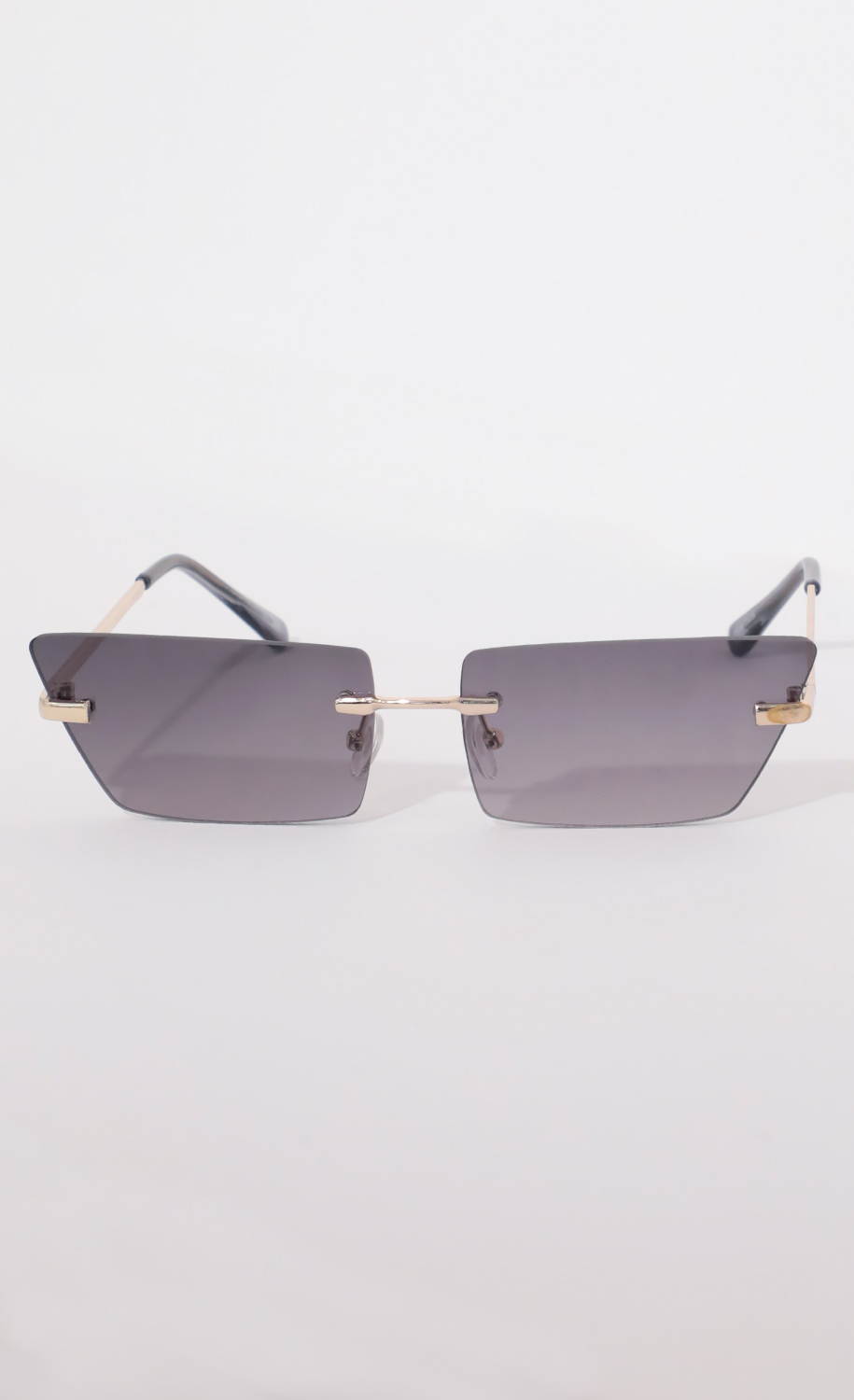 Fairfax Rimless Sunglasses in Smoke