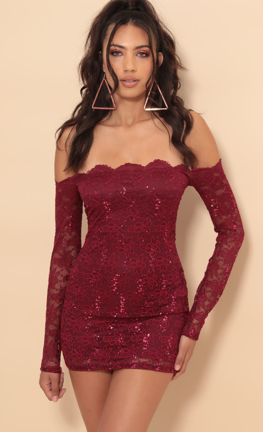 Alycia Scalloped Lace Dress in  Merlot