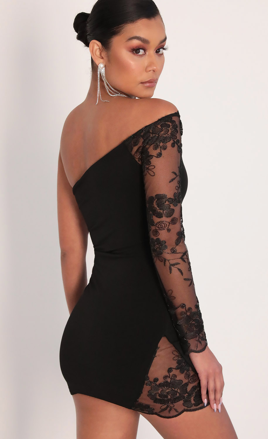 Nika Asymmetric Lace Dress in Black