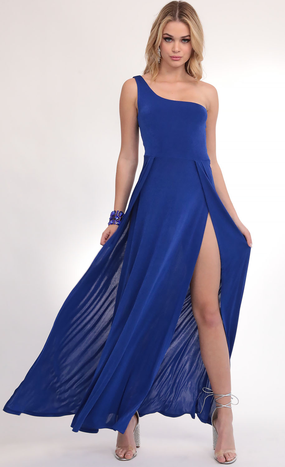 London Shoulder Maxi in Royal Blue