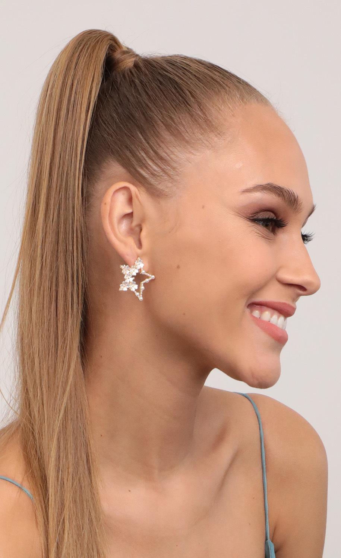 Blooming Star Earrings in White