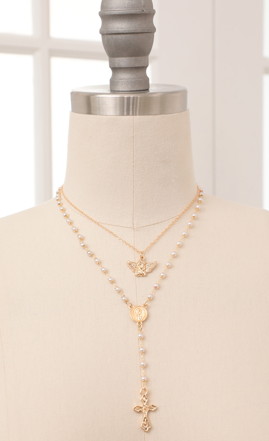 Pearl Rosary in Gold