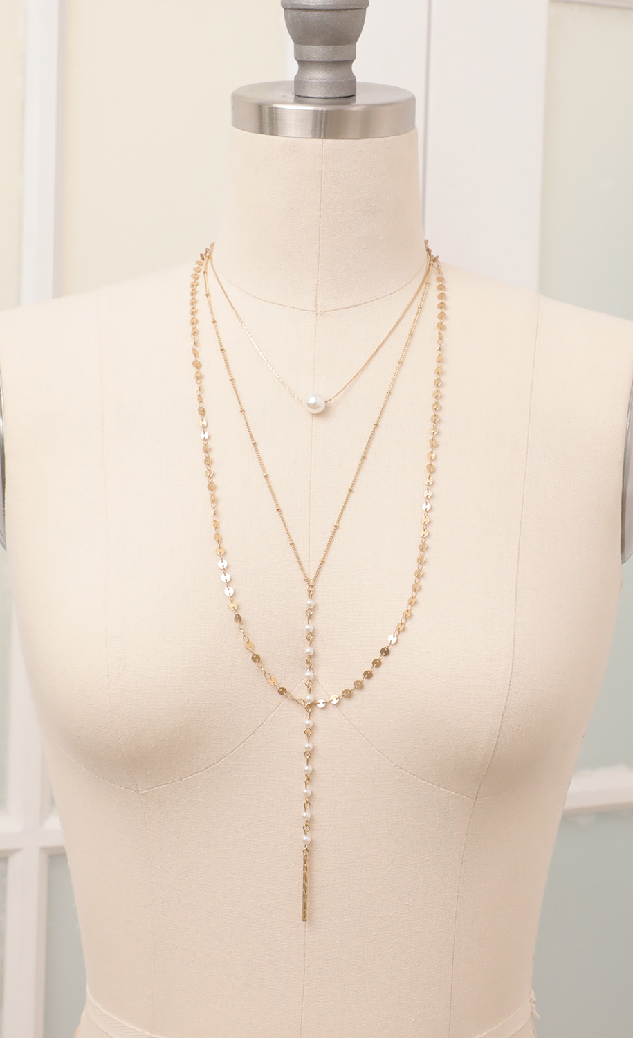 Pearly Gold Layered Necklace