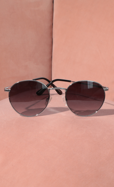 Jessica Round Trim Sunglasses in Black And Silver