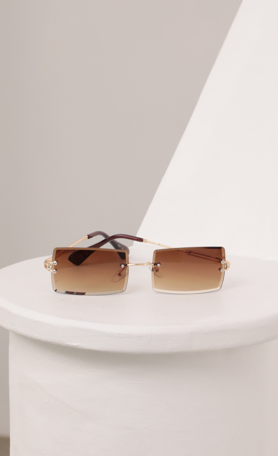 90s Baby Rectangle Sunglasses in Brown Ombre