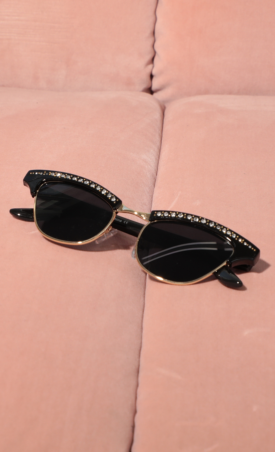 Alexis Cat-Eye Sunglasses in All Black