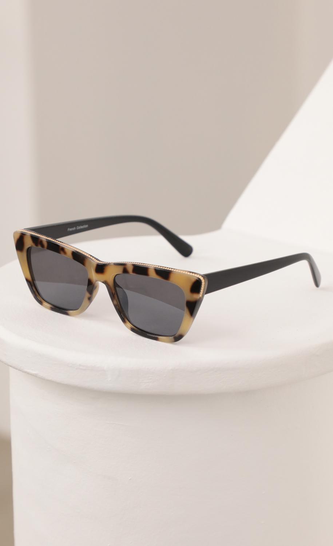 Edge Sunglasses in Tortoise