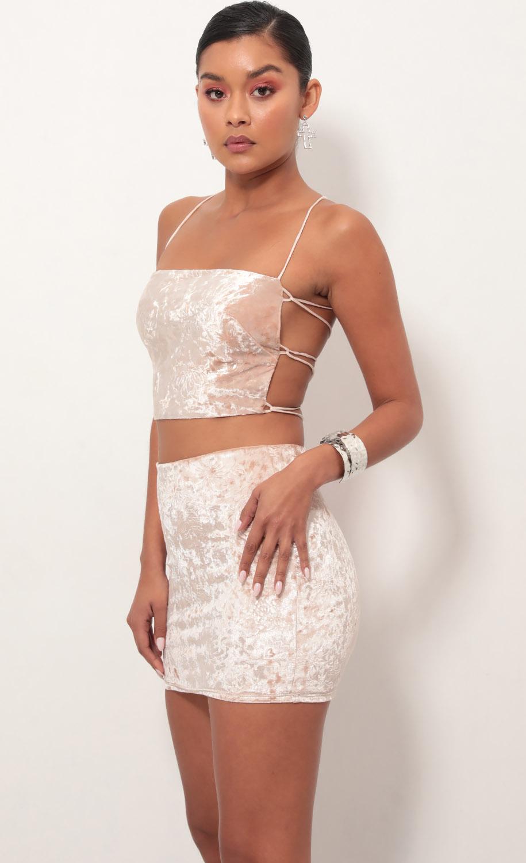 Ava Crushed Velvet Lace-Up Set In Rose