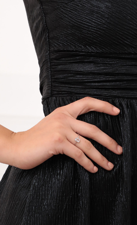 Elegant Crystal Ring