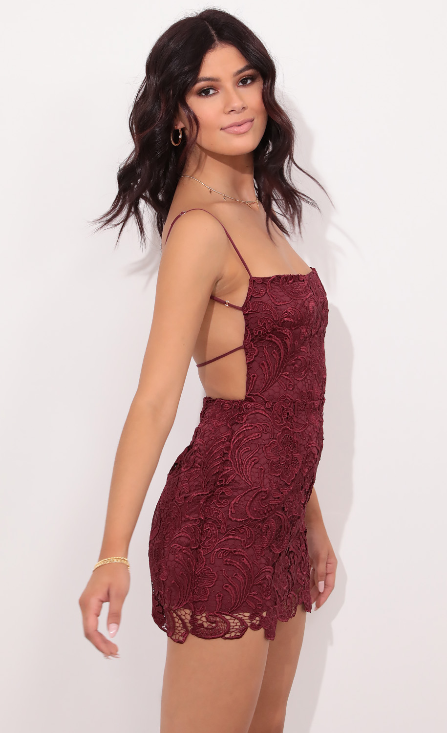 Lucia Pearl Lace Dress in Burgundy
