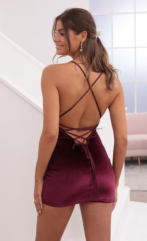 Zuri Velvet Bodycon Dress in Magenta
