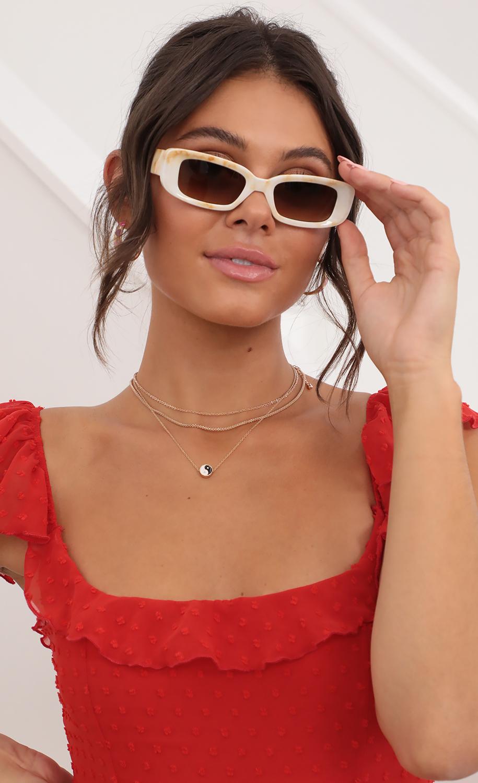 Devin Square/Oval Sunglasses in Marble