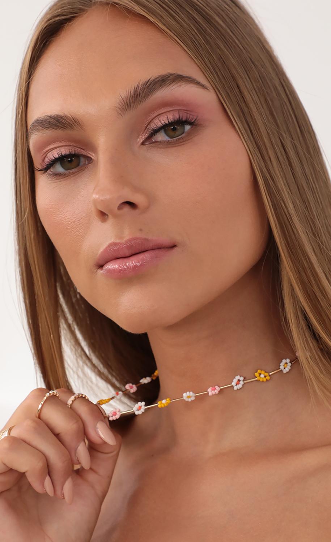Daisy Dreams Multi Colored Necklace