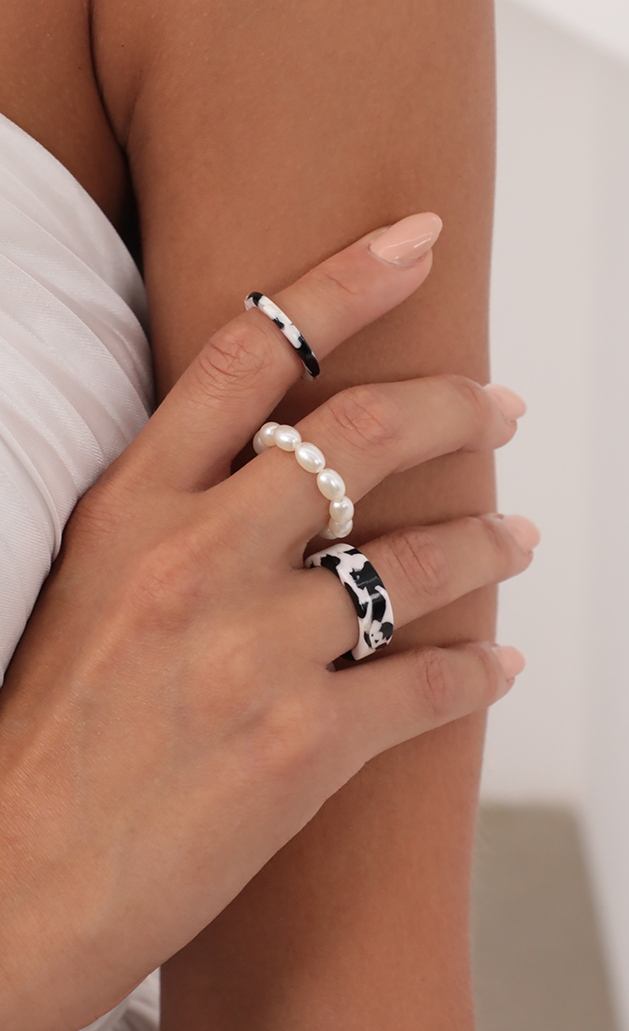 Marble Mary Ring Set