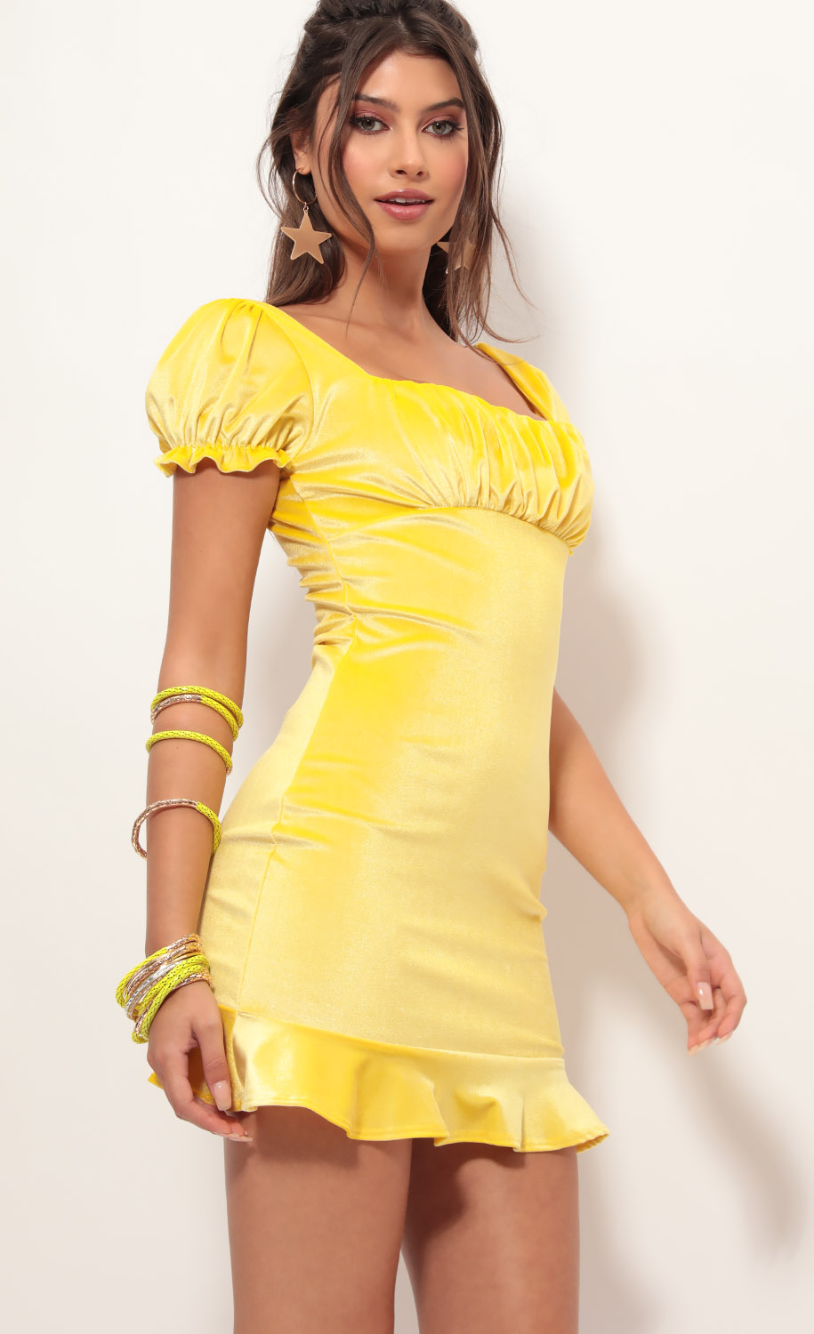 Kristina Puff Sleeve Velvet Dress in Yellow