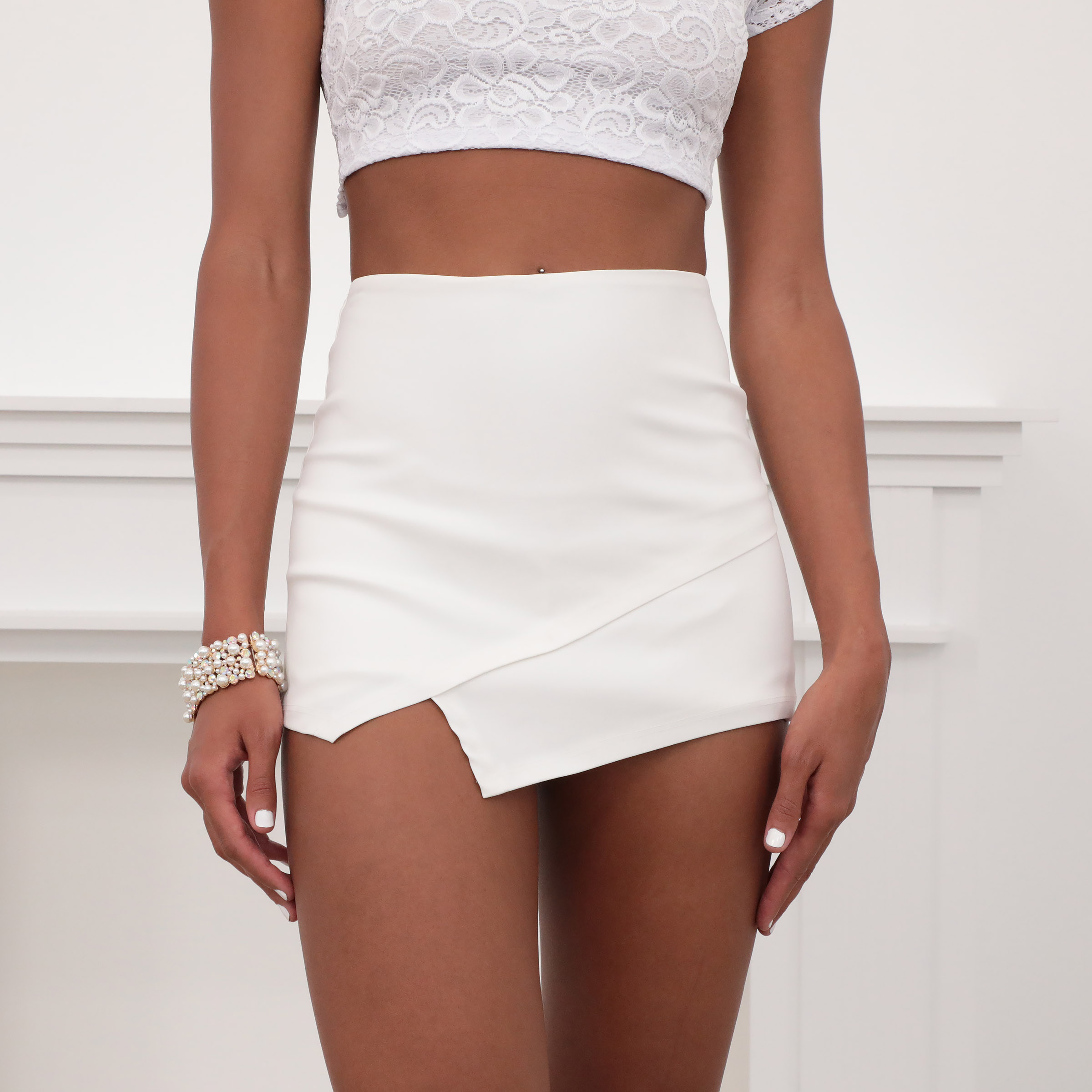 Asymmetric Skort In Matte PU White