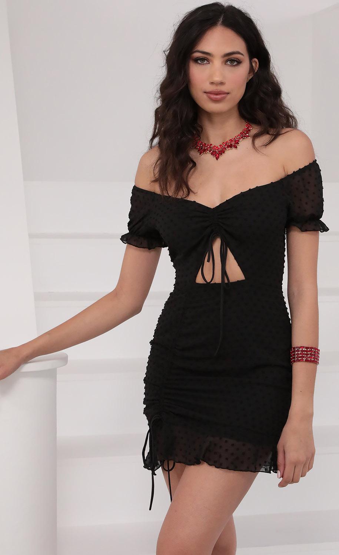 Aida Chiffon Ties Dress In Black Dots