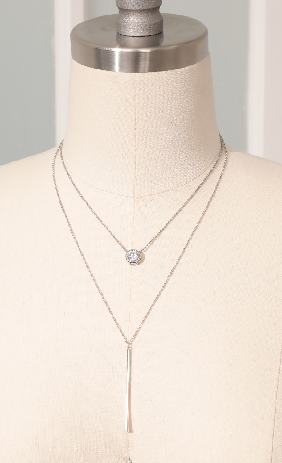 Round Bezel-Set Dainty Layered Necklace in Silver