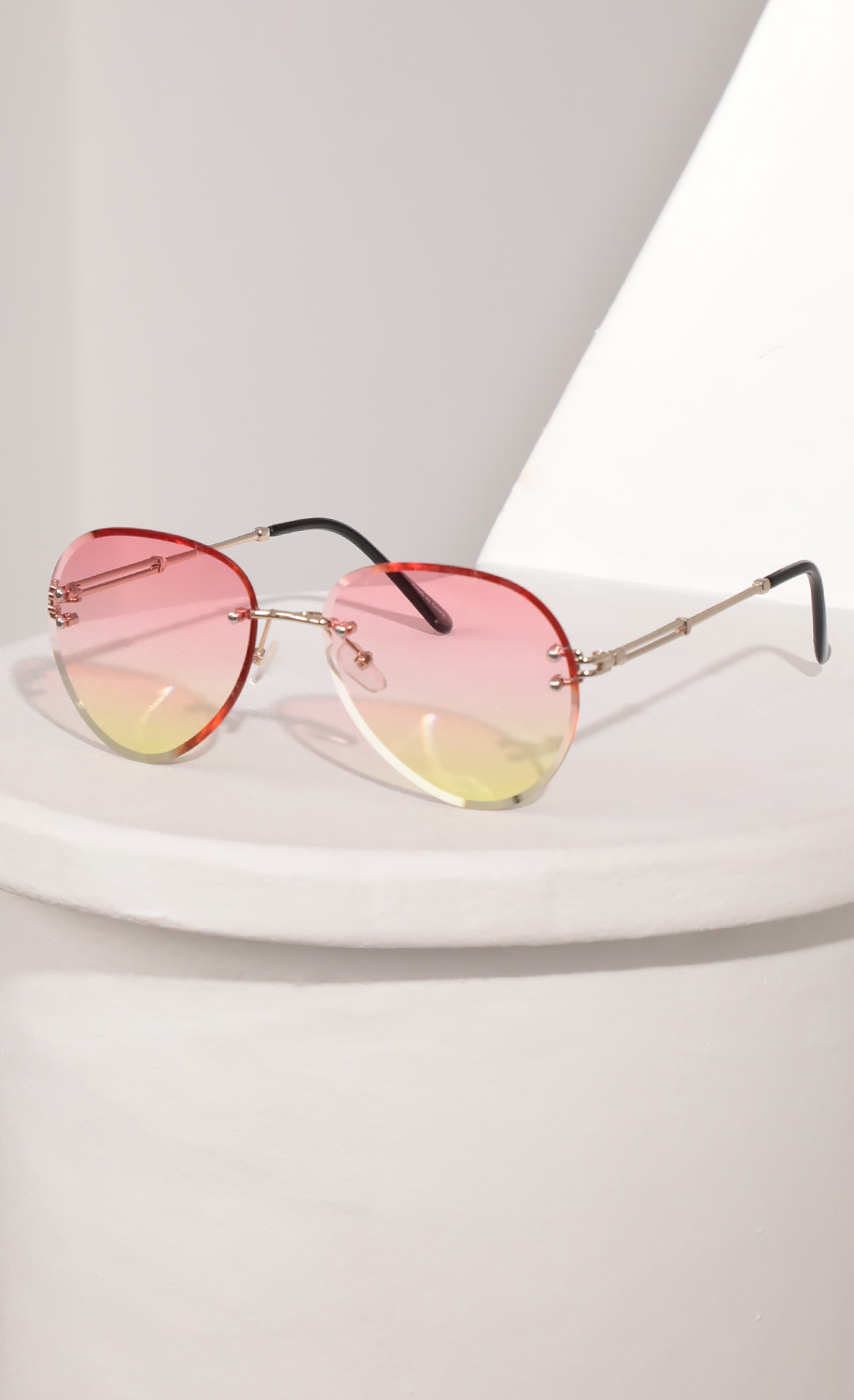 Rimless Aviator-Inspired Sunglasses in Pink Ombre