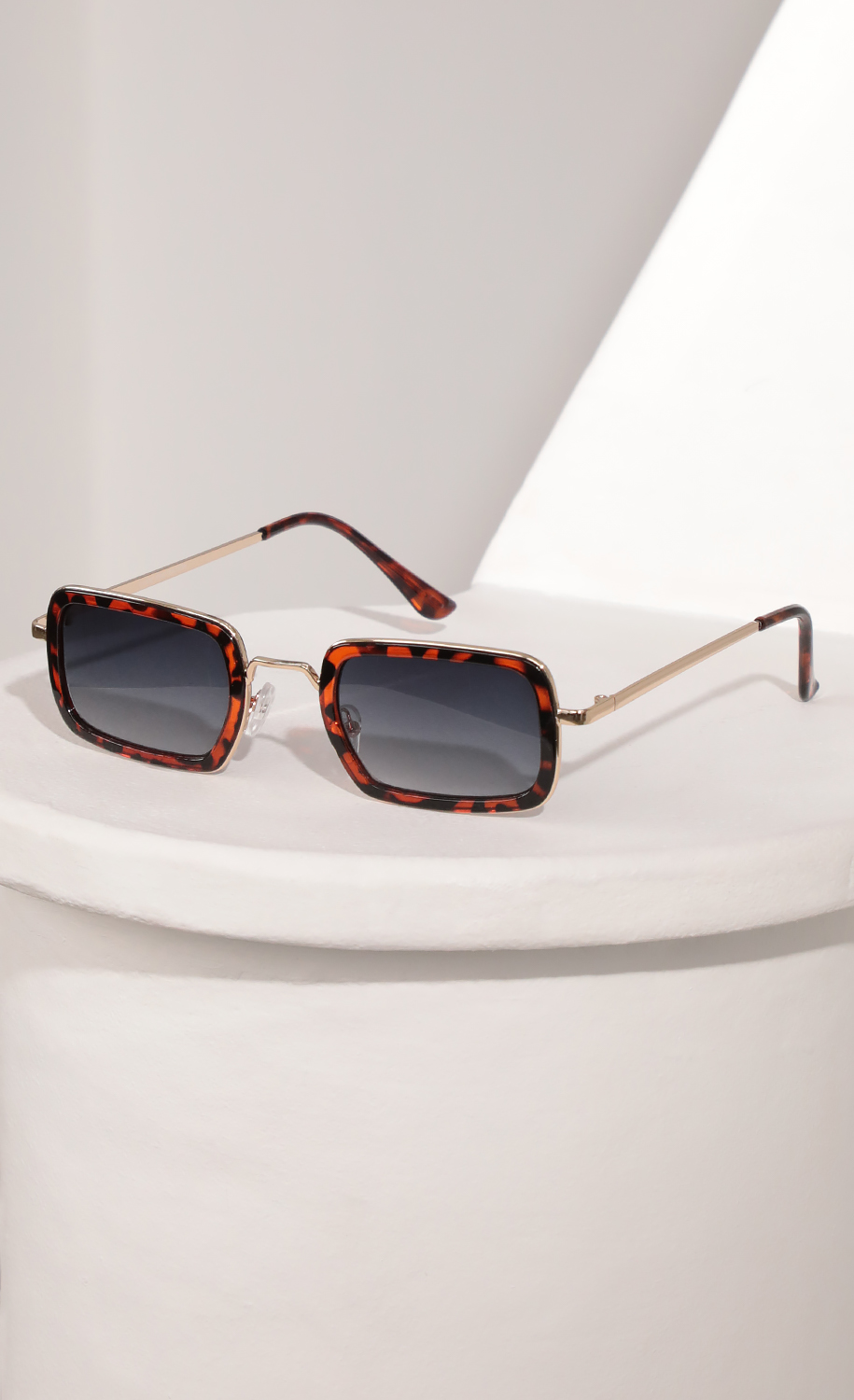 Rectangle Sunglasses with Brown Tortoise Bevelled Edge Lenses