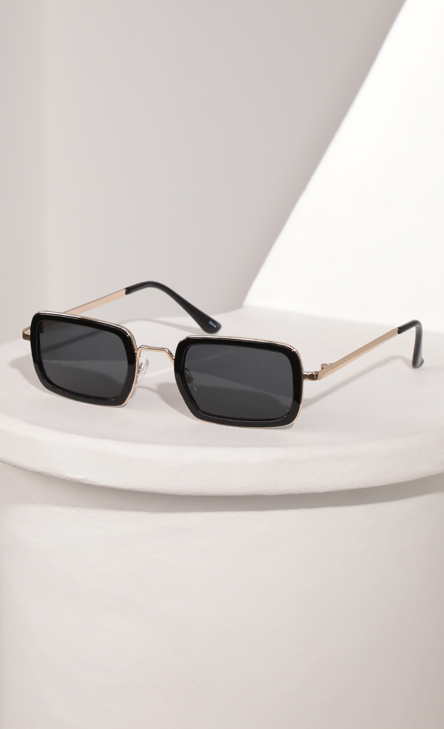 Rectangle Sunglasses with Black Bevelled Edge Lenses