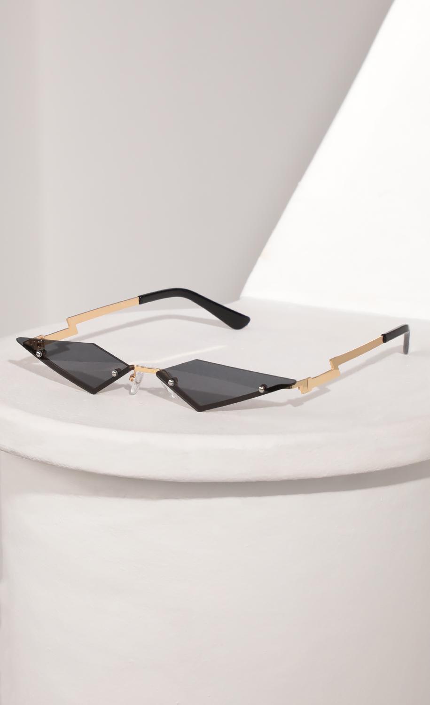 Rimless Micro Cat Eye Sunglasses in Black