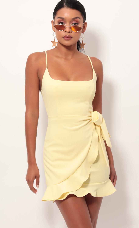 Capri Ruffle Tie Dress in Light Yellow