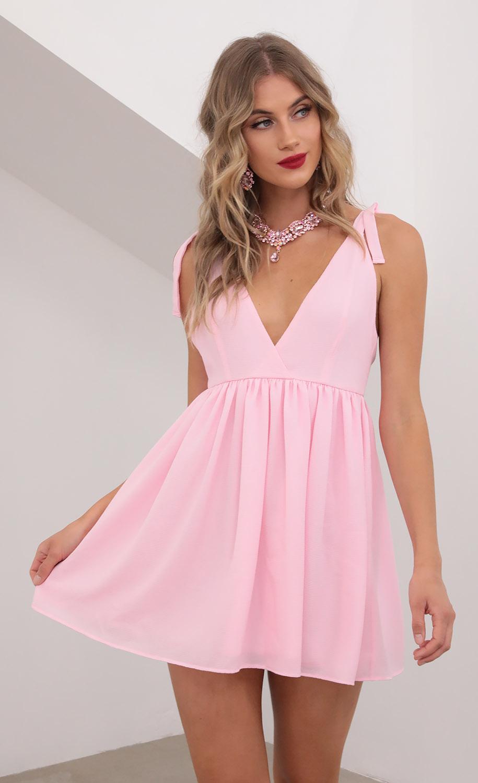 Veronica Ties A-line Dress in Light Pink