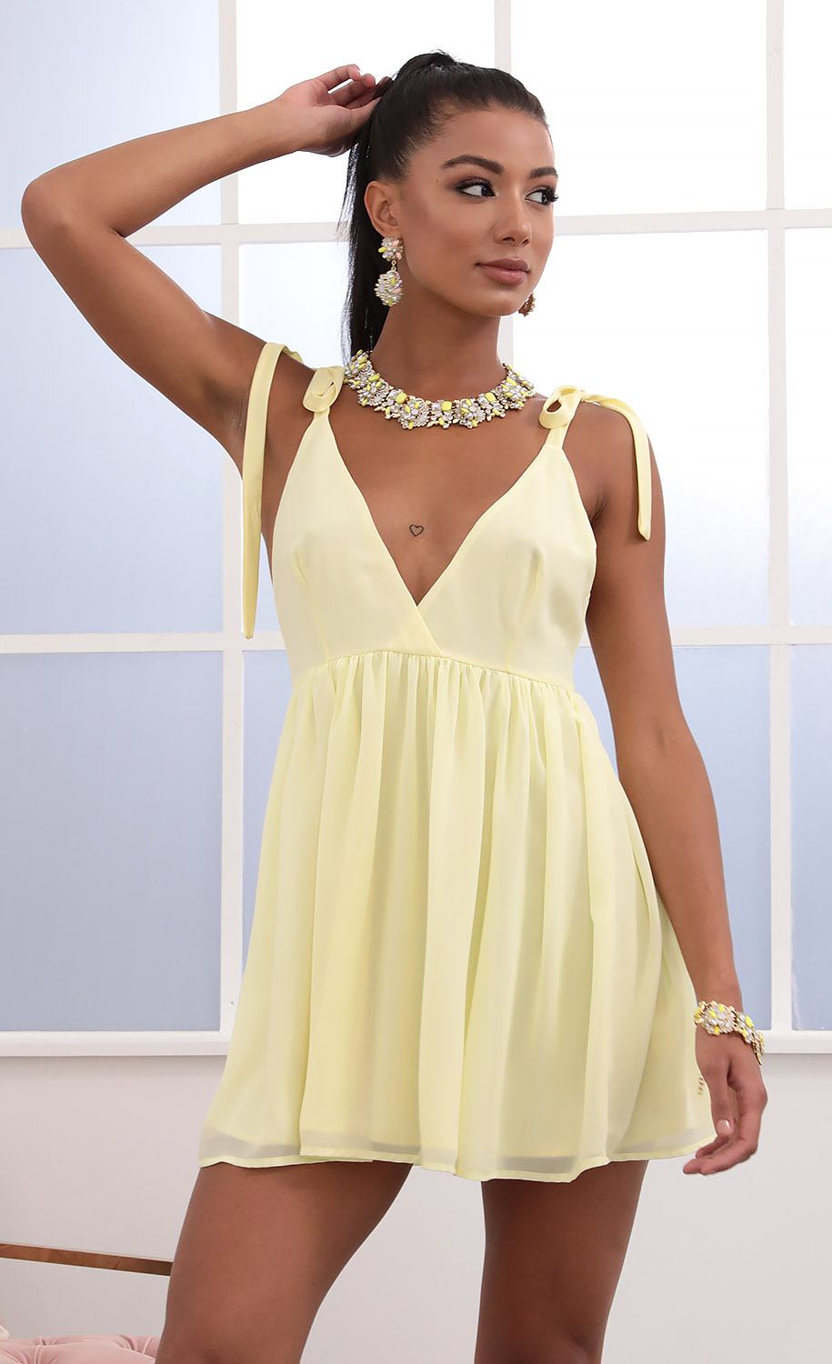 Veronica Ties A-line Dress in Yellow