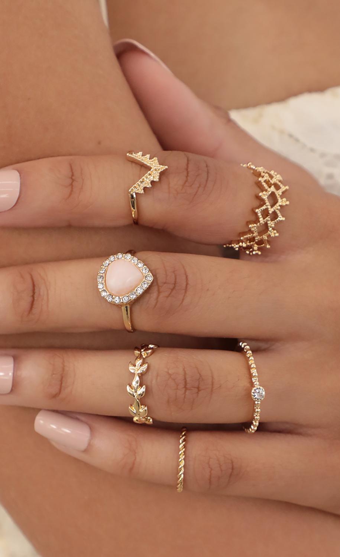 Pink Rose Quartz Ring Set
