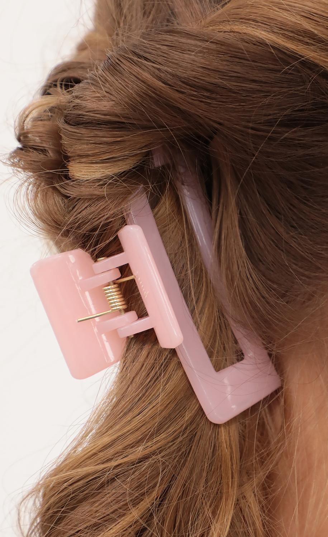Avis Hair Claw in Pink