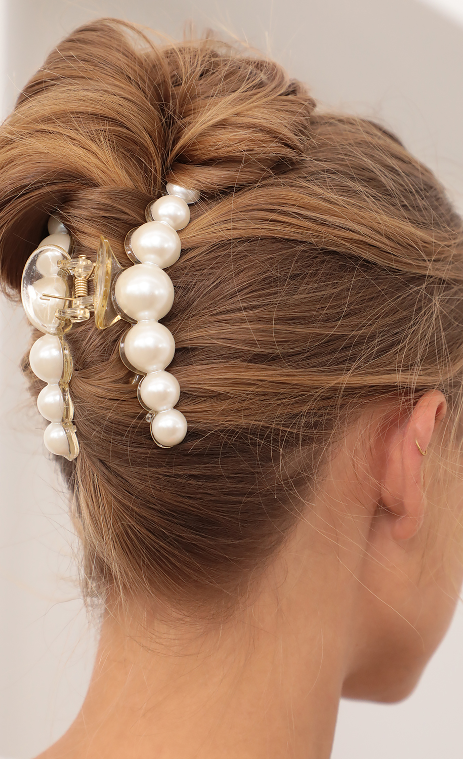 Large Pearl Claw Clip