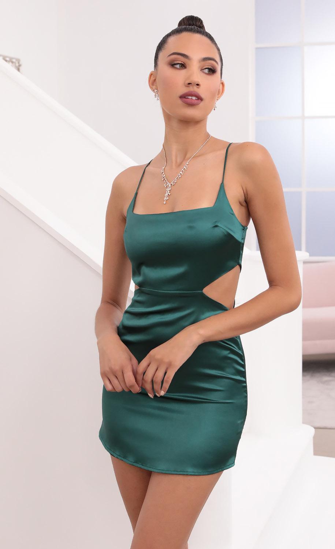 Alina Satin Hourglass Dress in Hunter Green