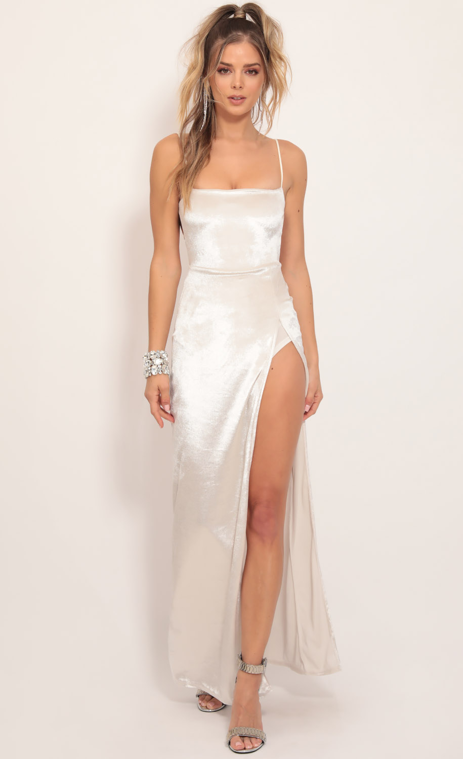 Giana Crushed Velvet Maxi in Pearl