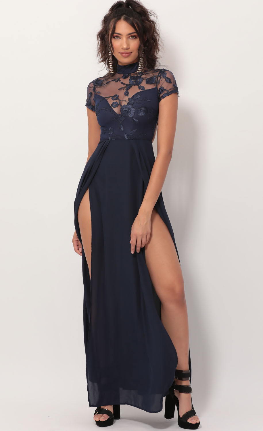Heiress Lace Maxi Dress in Navy