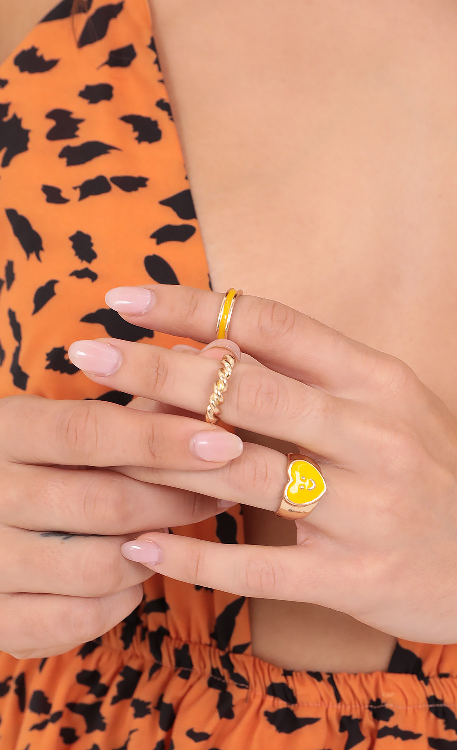 Smiley Gal Ring Set in Gold and Yellow